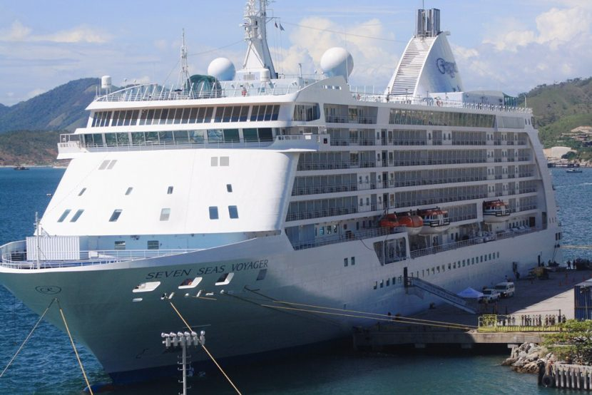 Seven Seas Voyager in Port Moresby